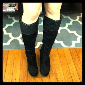 Black Impo wedged boots